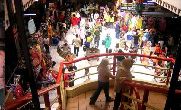 Pasar Bringharjo (foto: jogjaicon.blogspot.com)