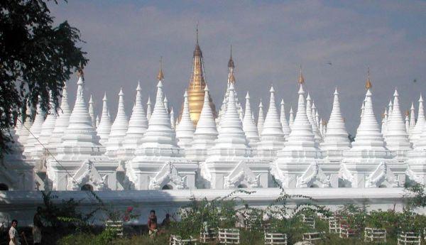 Mandalay, Myanmar (Foto: dhammaweb)