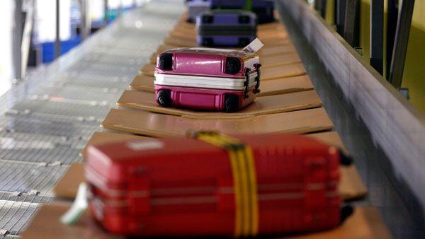 Tips Mencegah Koper Dibobol di Bandara