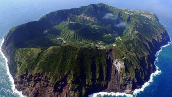 Pulau Aogashima (Foto: odditycentral)