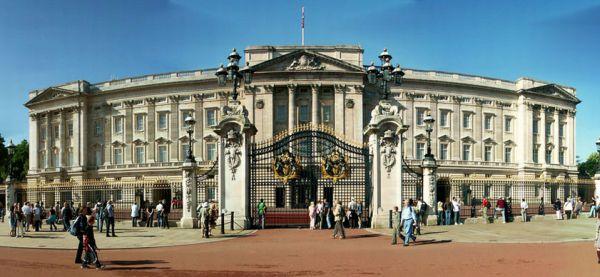 Istana Buckingham, Inggris (Foto: blog.emap)