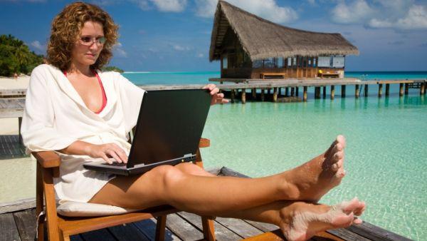 Keliling dunia gratis, hanya perlu tulis blog (Foto: Englishfreedomnow)
