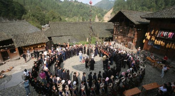 Desa Maoi di Guizhou Barat, China (Foto: CNN)