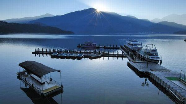Danau Sun Moon, Taiwan (goway.com)
