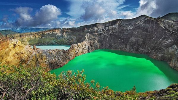 Danau Kelimutu (Foto: Encyclonesia)