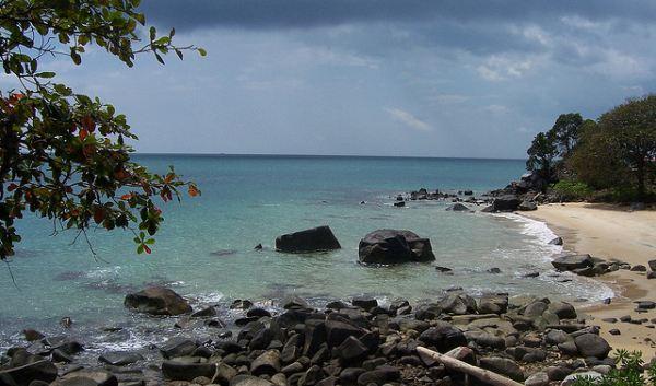 Pantai Burung Mandi (Foto: suryasenja/flickr)