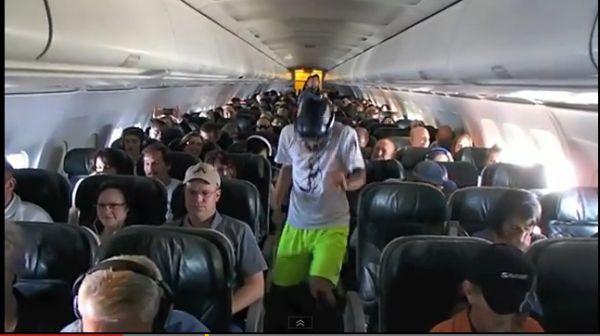 Mahasiswa Harlem Shake di Pesawat (Foto: News)
