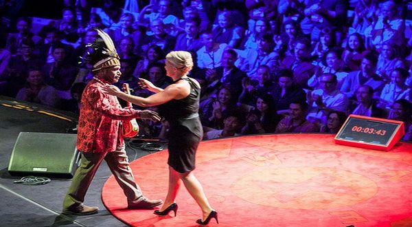 Foto: Beny Wenda dan Jennifer Robinson di TEDx Sydney (Foto: YouTube)