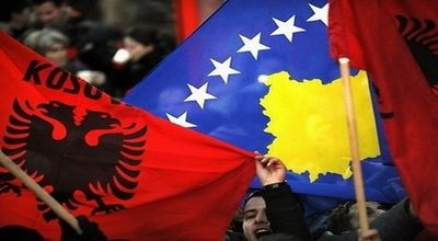 Rakyat Kosovo saat rayakan kemerdekaan (Foto: AFP)