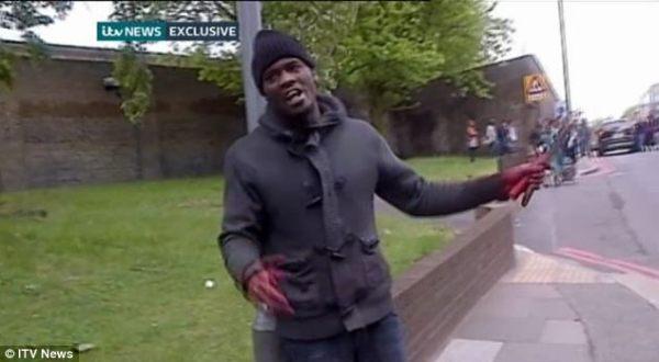 Foto : Pelaku pembunuhan Woolwich (ITV)