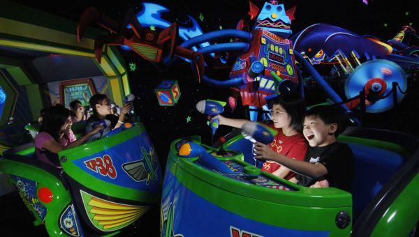 Arena Tomorrowland di Hong Kong Disneyland (Foto: HKD)