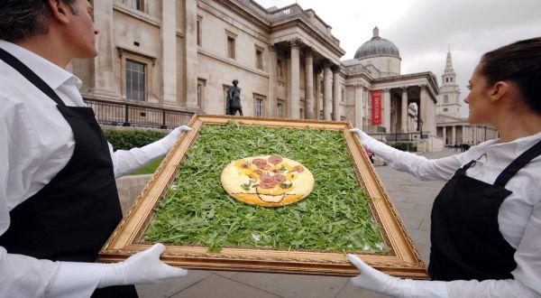 Lukisan Van Gogh Versi Pizza (Foto: Dailyrecord)