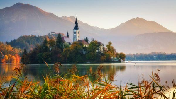 Pulau Bled, Slovenia (Foto: HuffingtonPost)