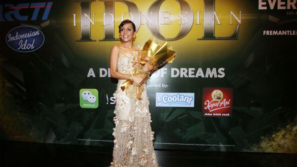 Nowela Elizabeth jadi juara Indonesian Idol 2014