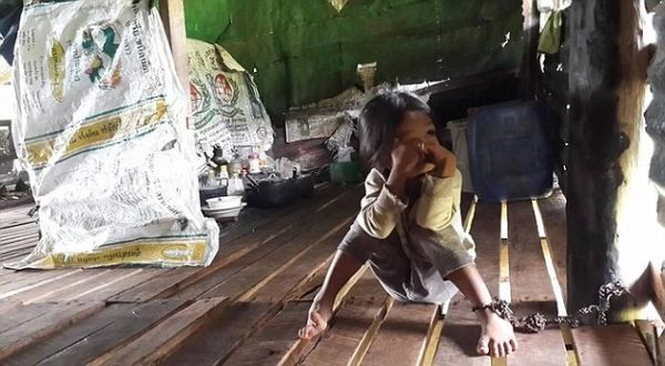 Bocah yang dijadikan jaminan utang (Foto: Daily Mail)