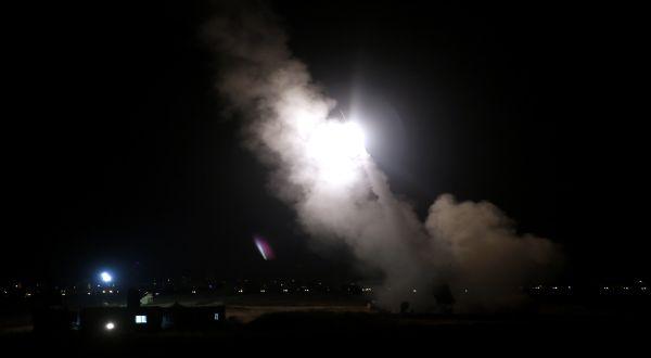 Serangan yang diarahkan ke Gaza (Foto: Reuters)