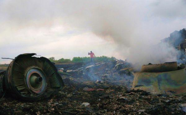 Artis-Artis Tanah Air Berduka Atas Tragedi MH17 (Foto: Reuters)