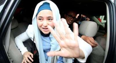 Marshanda Lepas Jilbab Bukan karena Masalah Kejiwaan (Foto: Okezone)