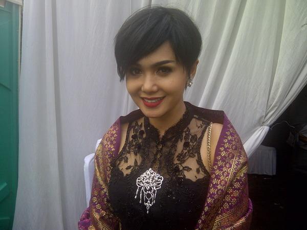 Yuni Shara Pilih Lebaran Bareng Anak-Anak di Indonesia (Foto: Okezone)