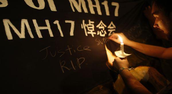 Duka tragedi MH17 (Foto: Reuters)