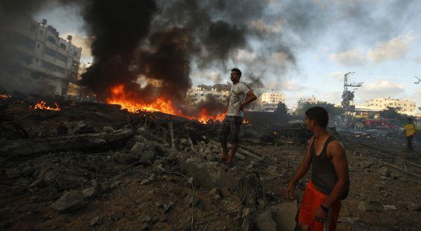Sekolah PBB di Gaza yang hancur diserang Israel (Foto: Reuters)