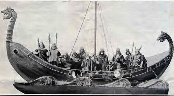 Image result for perahu kuno