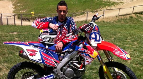 MotoGP - Tech3 Tak Cemaskan Dovi :: Okezone News