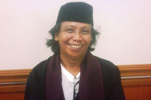 Mandra Haji Bodong Panutan Seniman Betawi Okezone Celebrity