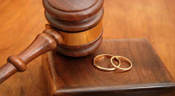 Baru Saja 3 Hari Menikah, Seorang Perempuan Sudah Digugat Cerai [ www.BlogApaAja.com ]