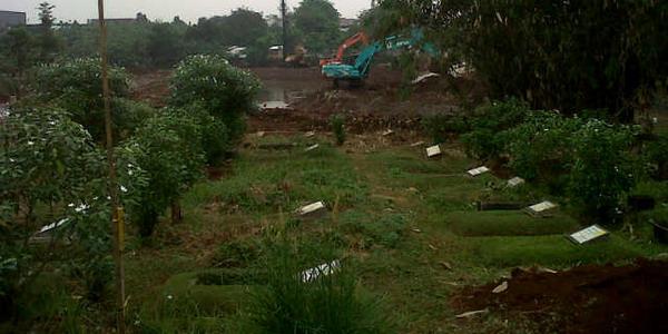 Makam di TPU Tanah Kusir yang terancam digusur (Foto: Fitra/Okezone)