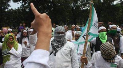 Massa FPI (Foto:Okezone)