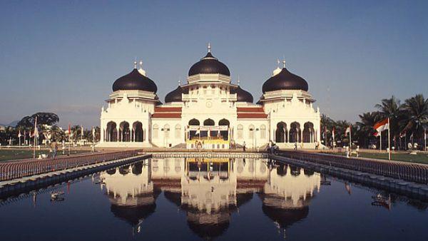 Masjid Raya Baiturrahman, Nanggroe Aceh Darussalam (Foto: Duniamasjid)