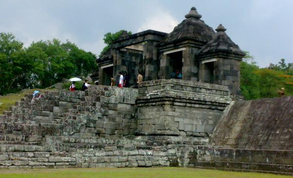 Wisata ke Yogyakarta Mahal, Wisman Pilih Bandung & Bali