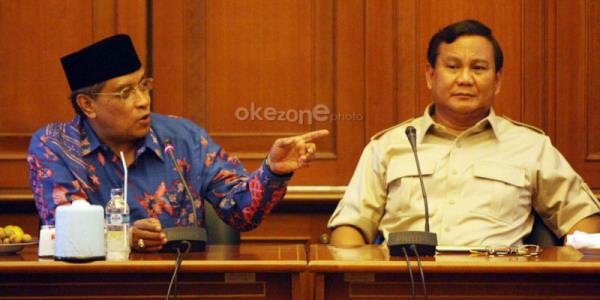 Prabowo Subianto bersama Ketua PBNU KH Said Aqil Siradj (Foto: Heru/Okezone)