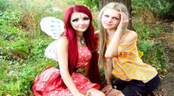 Foto : Anastasiya Shpagina (kiri) (VK)