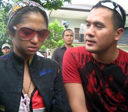 Dewi Persik & Saipul Jamil (Foto: Johan Sompotan)