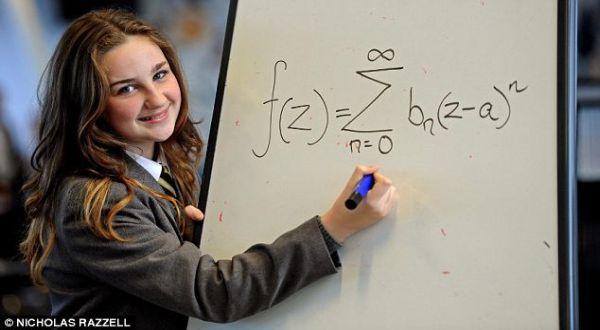 IQ Siswi Ini Lebih Besar dari Einstein dan Stephen Hawking | Choliknf1998.blogspot.com