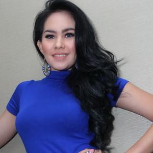 Kartika Putri Foto Hot