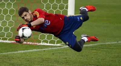 Spanyol 55 vs 45 Prancis
