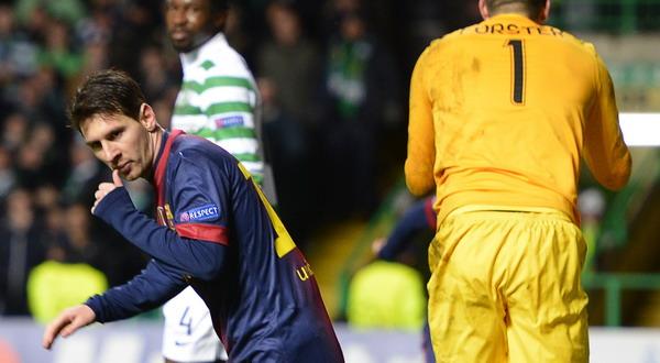 Lionel Messi merayakan gol dengan mengisap jempol (Foto: Reuters)