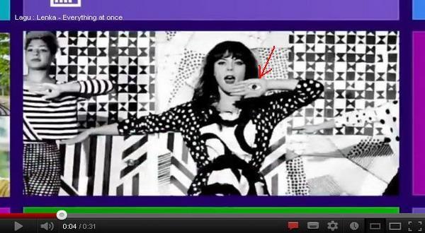 Arti Makna Simbol Mata di Iklan Windows 8