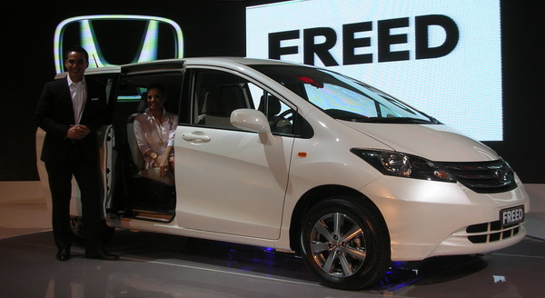 F: Honda Freed (HPM)