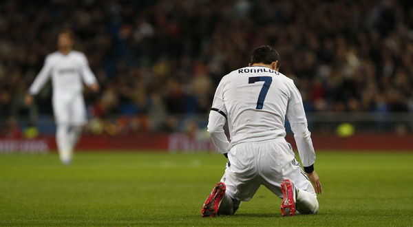 Ekspresi kekecewaan Cristiano Ronaldo usai gagal memanfaatkan peluang (Foto: Reuters)