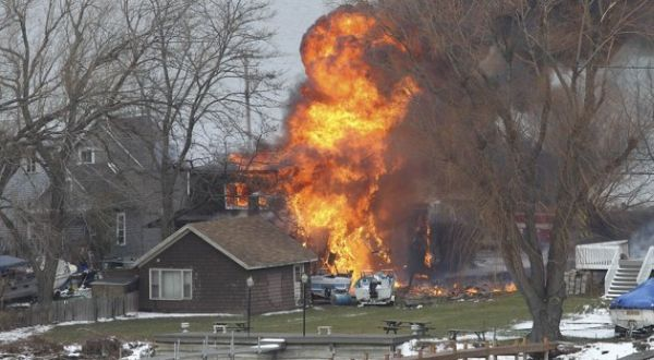 Lokasi kejadian penembakan dan kebakaran (Foto: AP)