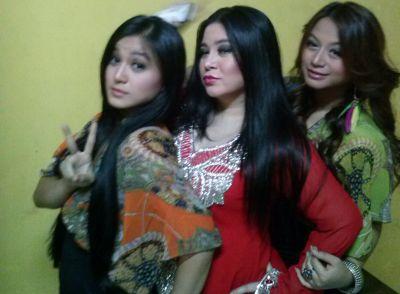 Foto Annisa Bahar Ajak Anak Clubbing Bareng