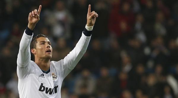 Selebrasi gol dari Ronaldo usai mencetak hattrick ke gawang Celta de Vigo. (Foto: Reuters)