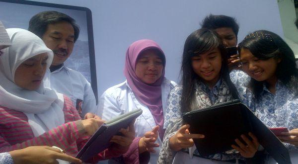 Cukup Bayar Rp1.000, Pelajar Bisa Ngenet 24 Jam Dengan Kec 1Mb/sec