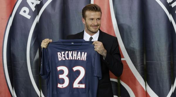 Beckham saat diperkenalkan PSG (Foto: Reuters)