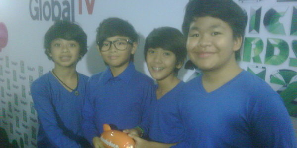 Main Film, Coboy Junior Syuting di Korea