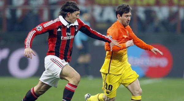 Riccardo Montolivo ketika mengawal pergerakan Lionel Messi (Foto: Reuters)